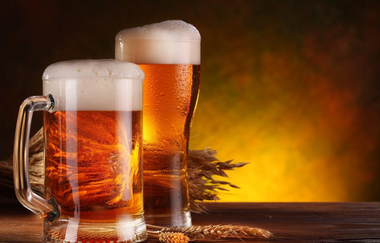 Фото обои пена, стол, бокал, пиво, кружка, колосья