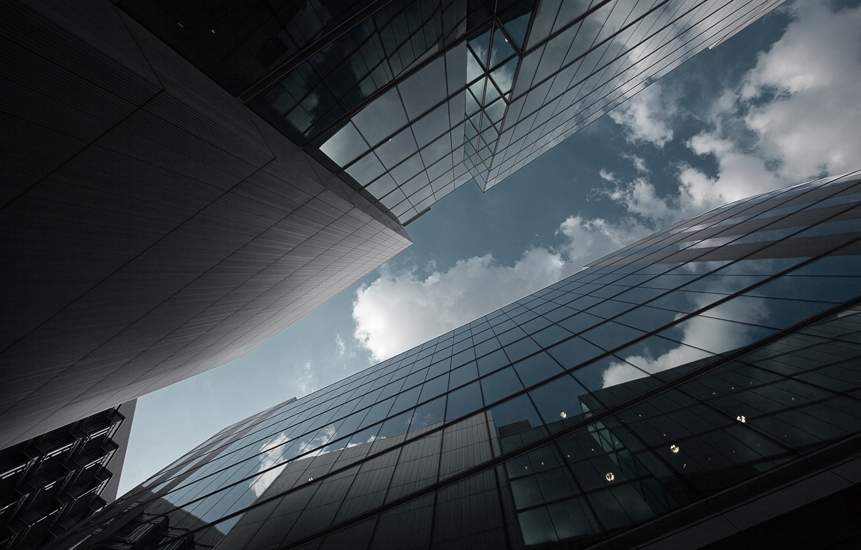Обои Облака, здания, стекло, небоскребы. Города foto 6