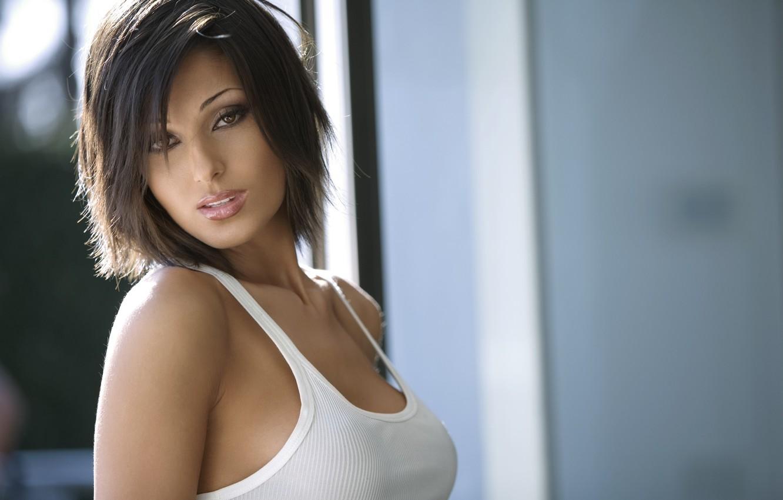 Фото обои грудь, взгляд, майка, губы, Anna, симпатичная, Tatangelo, итальянка