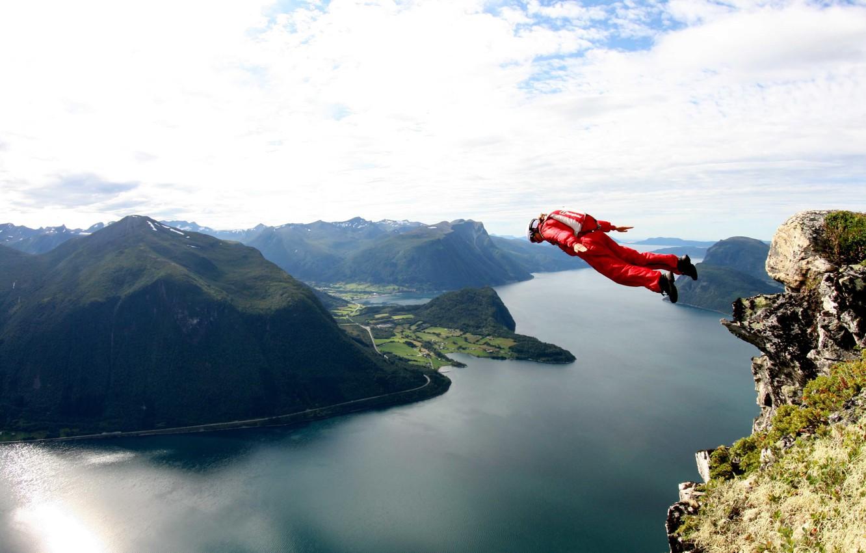 Фото обои полет, парашют, контейнер, утес, tracking, фьорд, экстремальный спорт, прыгать, бейсджампинг, бейсер, tracking suit