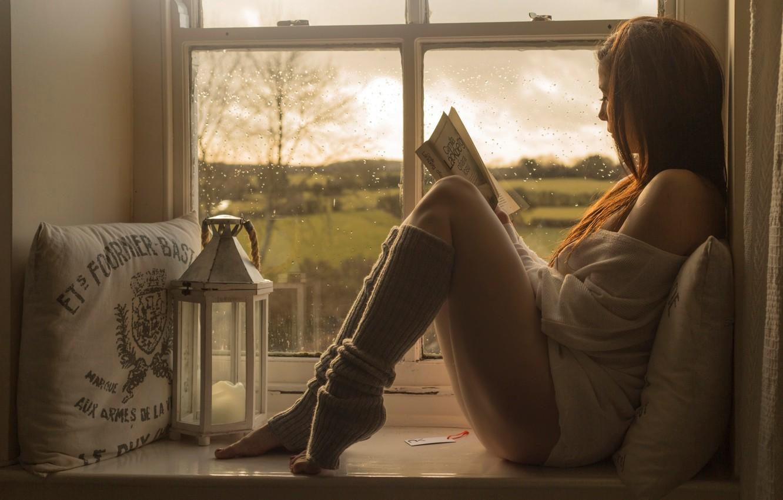 Фото обои девушка, окно, книга, Relax, чтение