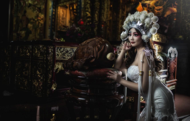 Фото обои поза, стиль, модель, макияж, платье, наряд, азиатка