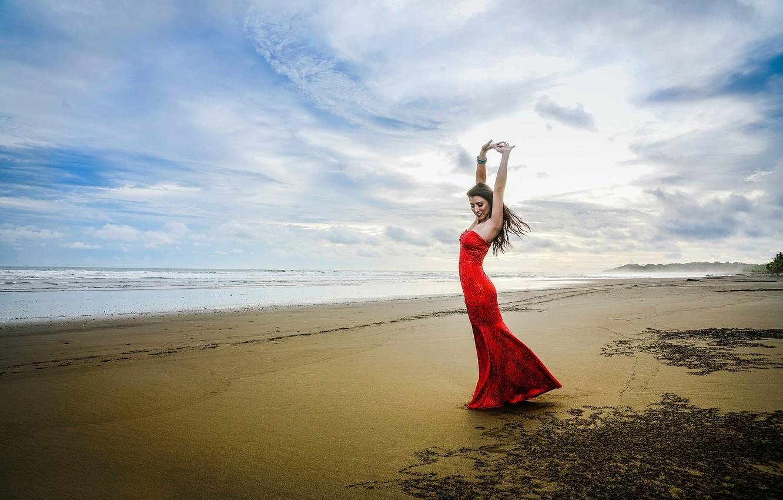 танцующие у моря фото рассказывает историю сельской