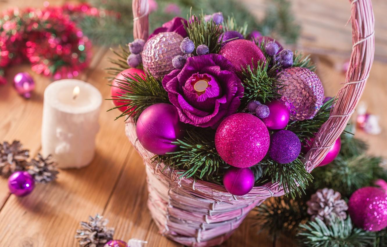 Фото обои цветы, корзина, игрушки, свеча, ель, конфеты, шишки, декор
