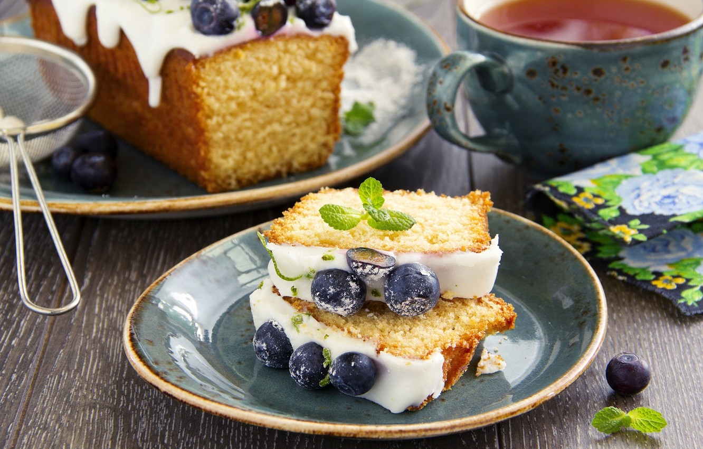 Фото обои ягоды, еда, черника, тарелка, чашка, мята, выпечка, кекс, ситечко