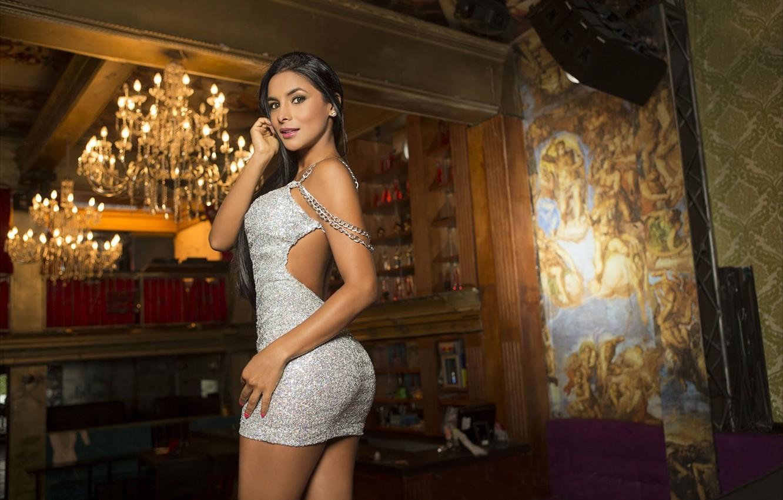 Фото обои девушка, модель, фигура, платье, люстра, красотка, сексуальная, колумбийская, Татьяна Рамос, Tatiana Ramos, болельщица мадридского Реала