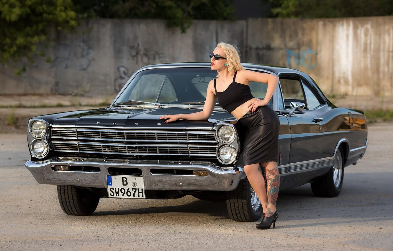 Фото обои Model, Fräulein Puppe, Ford Galaxie 500XL