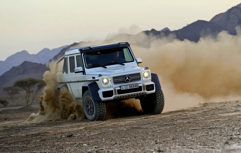Фото обои Mercedes-Benz, Пыль, Белый, Занос, Джип, AMG, G63, Передок, 6x6