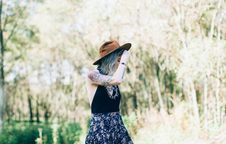 Фото обои девушка, шляпа, тату, татуировки