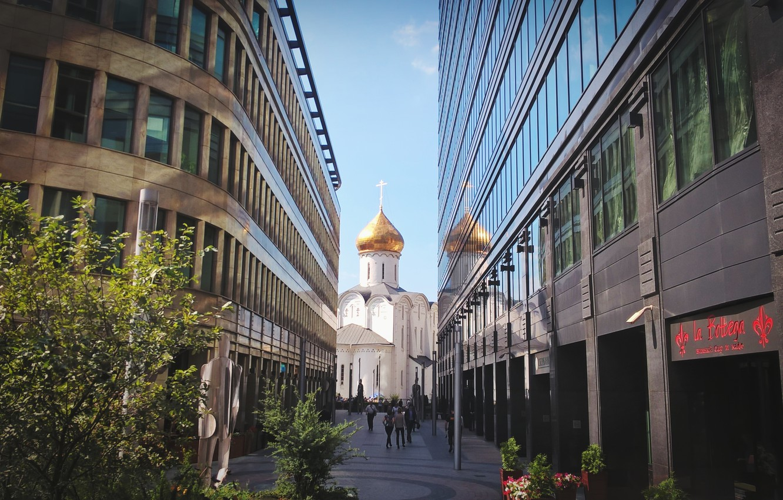 Фото обои city, здания, церковь, Москва, summer, Russia, высотки, architecture, building, travel