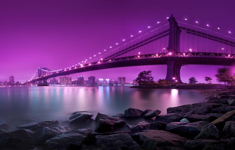 Фото обои вода, ночь, lights, огни, камни, берег, Нью-Йорк, освещение, USA, США, Бруклинский мост, Манхэттен, water, night, …