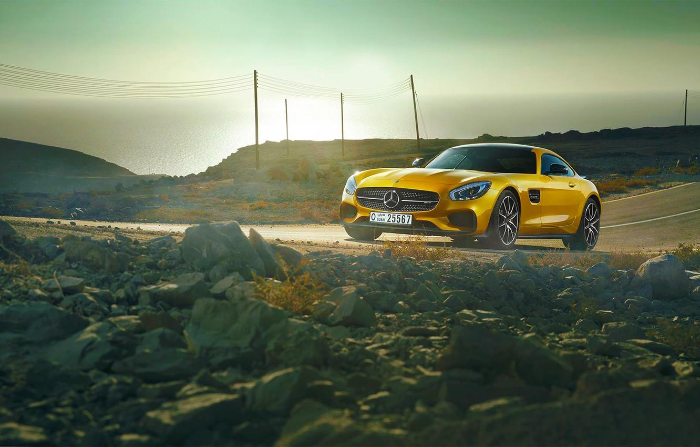 Фото обои Mercedes-Benz, AMG, Sun, Day, Yellow, Road, Sea, 2015, GT S