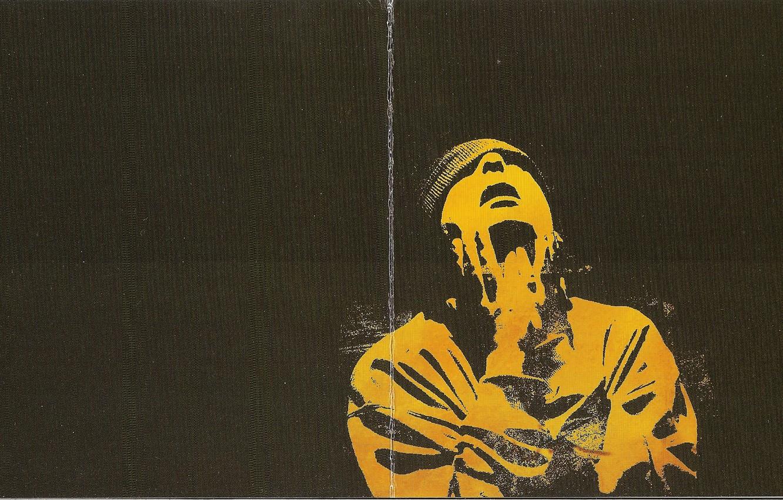 Фото обои жёлтый, шапка, чёрный фон, 2004, Смоки Мо, Кара-Тэ, Booklet
