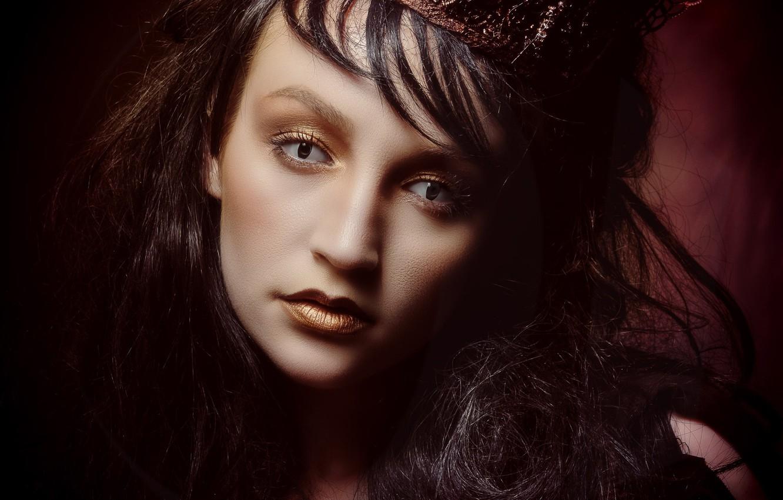 Фото обои глаза, взгляд, девушка, лицо, стиль, портрет, корона, макияж