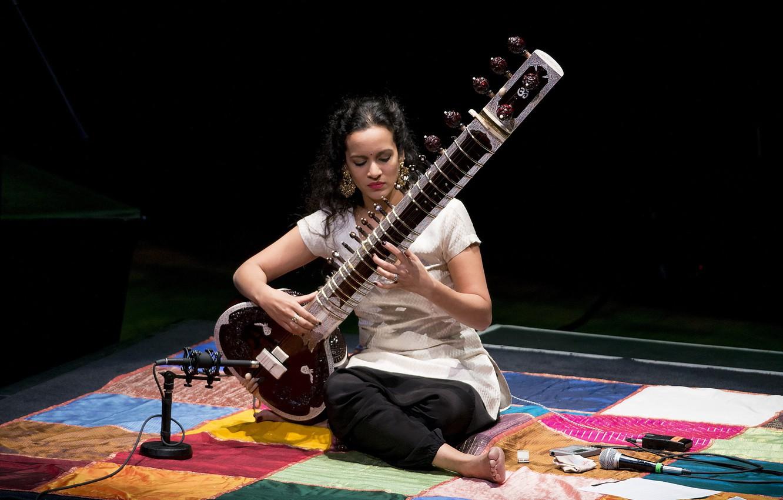 Фото обои девушка, музыка, инструмент