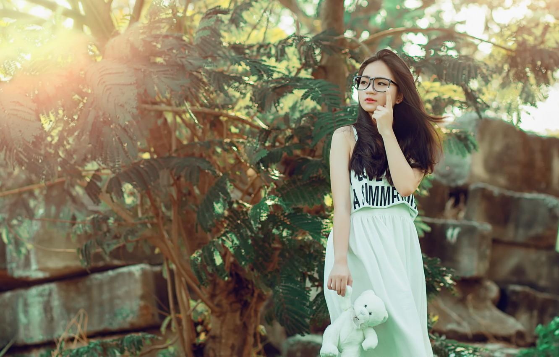 Фото обои взгляд, девушка, настроение, мишка, азиатка