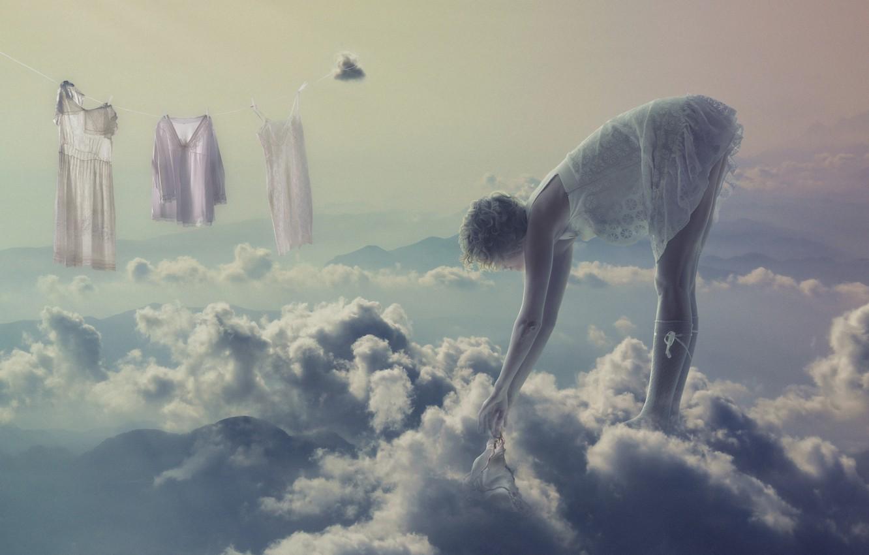 Фото обои девушка, облака, креатив, блондинка, бельё, стирка