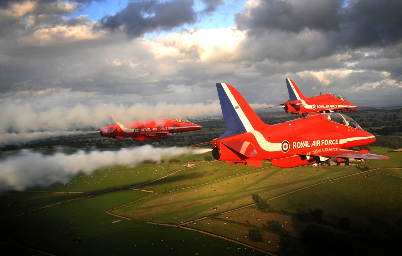 Фото обои Flying, Red Arrows, BaE Hawk, Aerobatic, Formation Flying