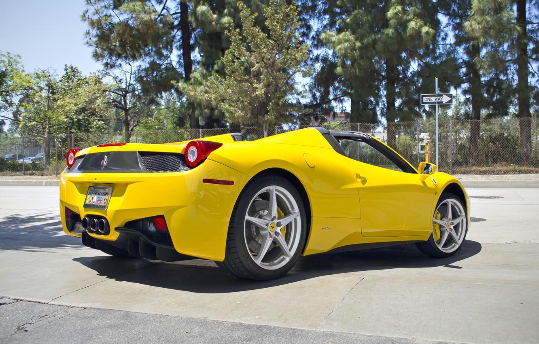 Фото обои Феррари, Зад, Желтая, Ferrari, 458, Yellow, Italia, Spider, Supercar