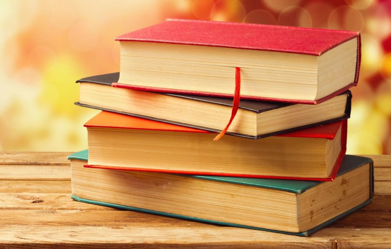 Фото обои книги, доска, деревянная, боке, обложки, закладка