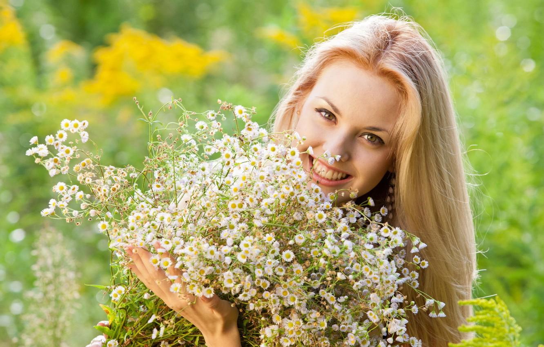 Фото обои девушка, цветы, фон