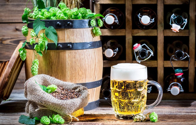 Фото обои пиво, кружка, бутылки, светлое, бочонок, хмель