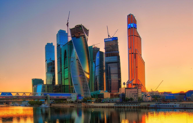 Фото обои небо, закат, город, река, дома, Россия, Russia, небоскрёбы, столица, Москва-Сити, Moscow-City