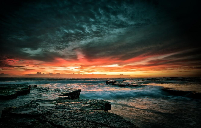 Фото обои море, волны, небо, закат, камни, скалы