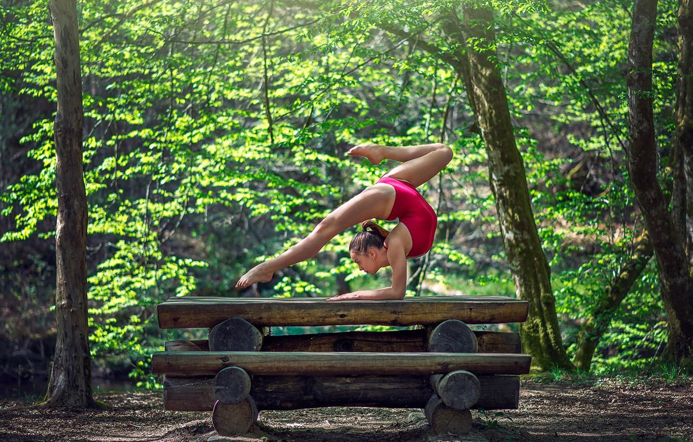 заинтересовались гимнастика на природе фотографии них много снято