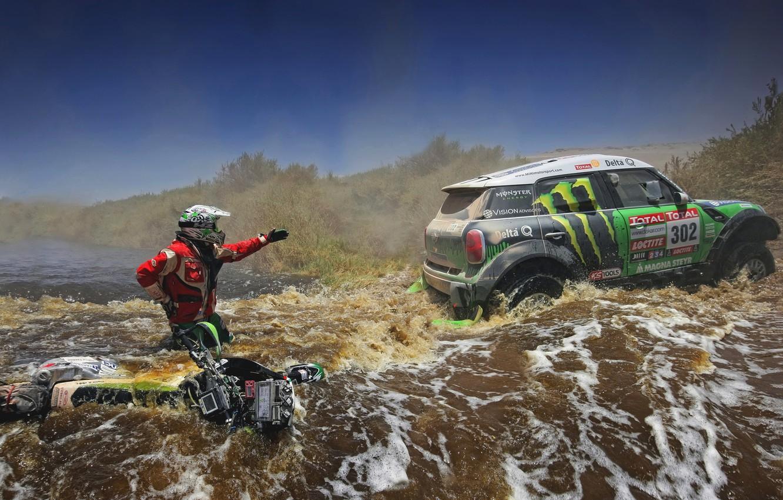 Фото обои зеленый, Вода, Река, Мотоцикл, Гонщик, Mini Cooper, Rally, Dakar, MINI, Мини Купер, X-raid, Течение
