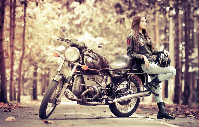Фото обои девушка, BMW, мотоцикл