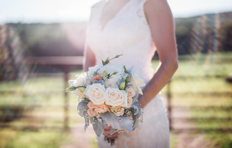 Фото обои цветы, розы, букет, платье, невеста