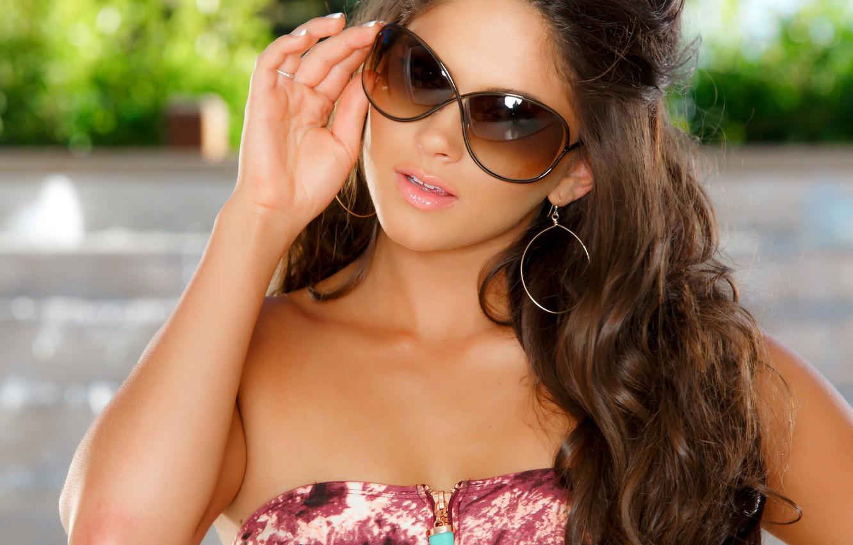 красивые шатенки в очках картинки чертенята, как правило