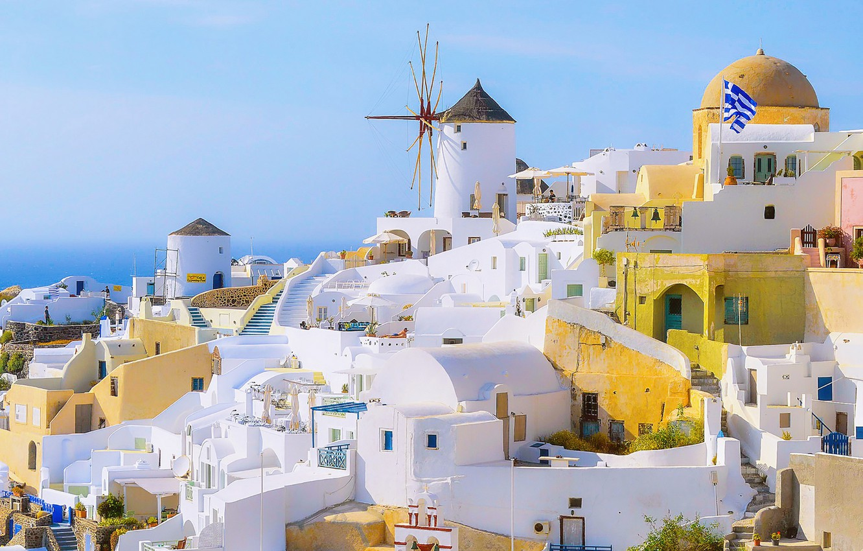 Фото обои summer, white, sea, ocean, houses, flag, architecture, cityscape, Santorini, Greece, sunny