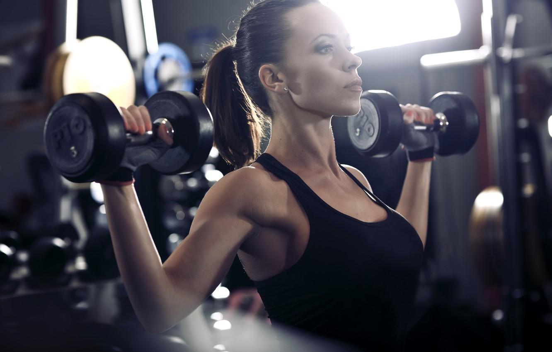 Фото обои brunette, workout, fitness, gym, dumbbells