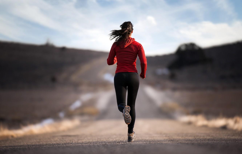 Фото обои дорога, спорт, Девушка, бег, активность, тренировка