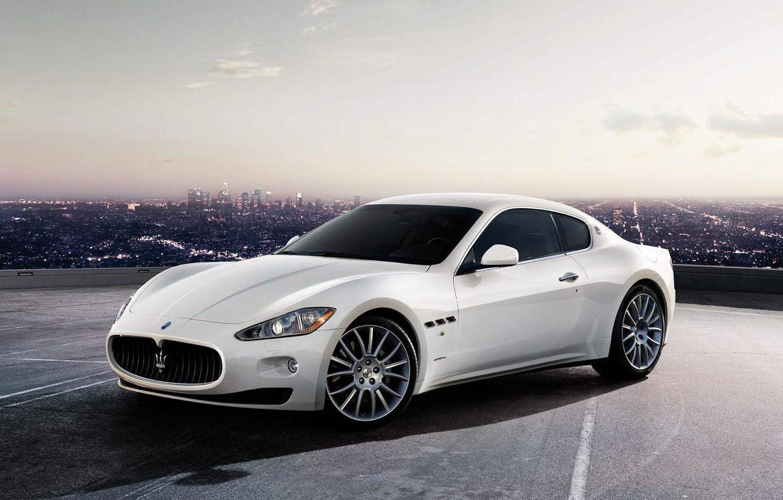 Фото обои белый, город, Maserati, GranTurismo-S
