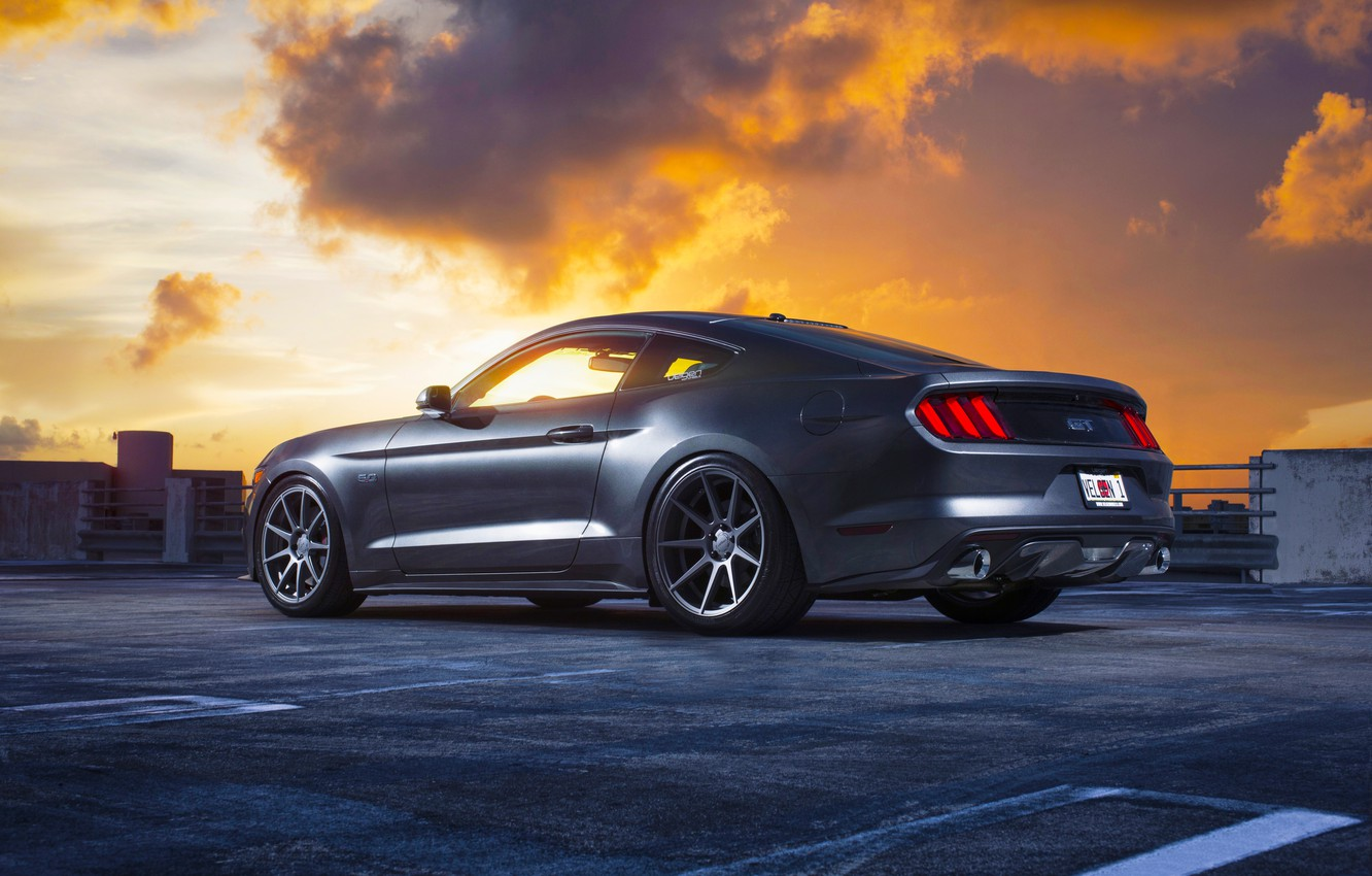 Фото обои Mustang, Ford, Muscle, Car, Clouds, Sky, Sunset, Wheels, Rear, 2015, Velgen