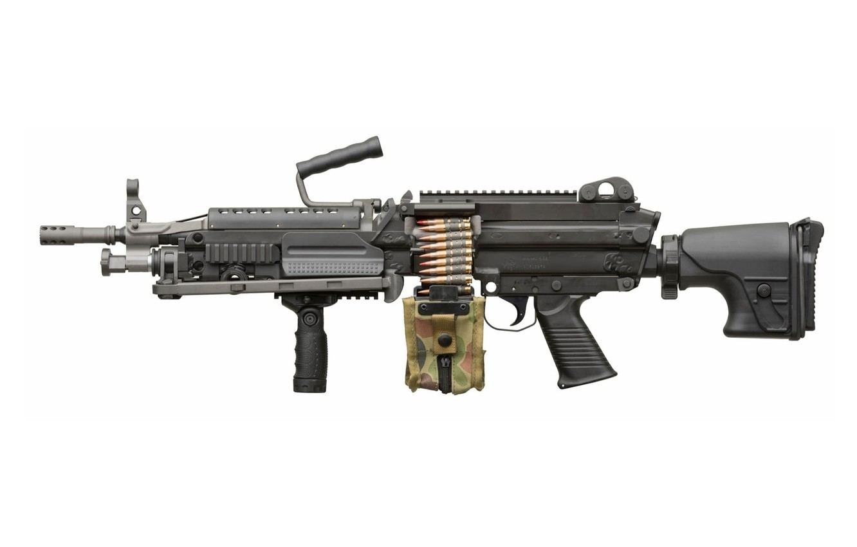 Фото обои gun, USA, weapon, machine gun, ammunition, bipod, high firepower, ordnance, short barrel, camouflage, 5.56, high …