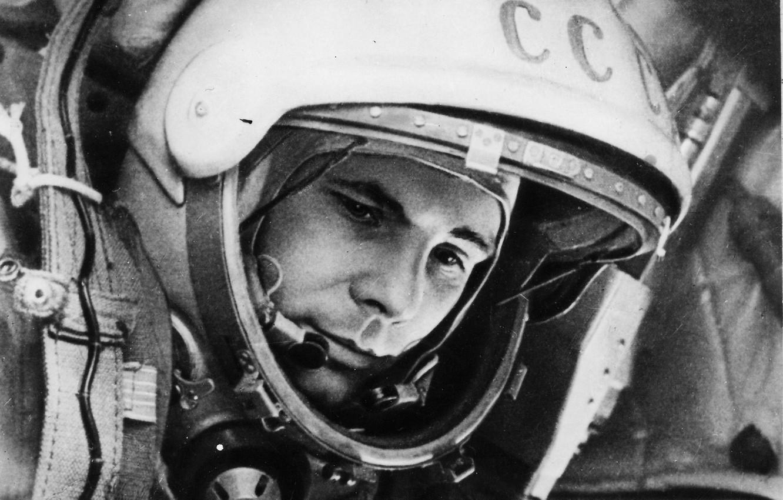 Фото обои ссср, Юрий Алексеевич Гагарин, первый космонавт