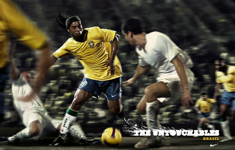 Фото обои футбол, Рональдиньо, неприкасаемые