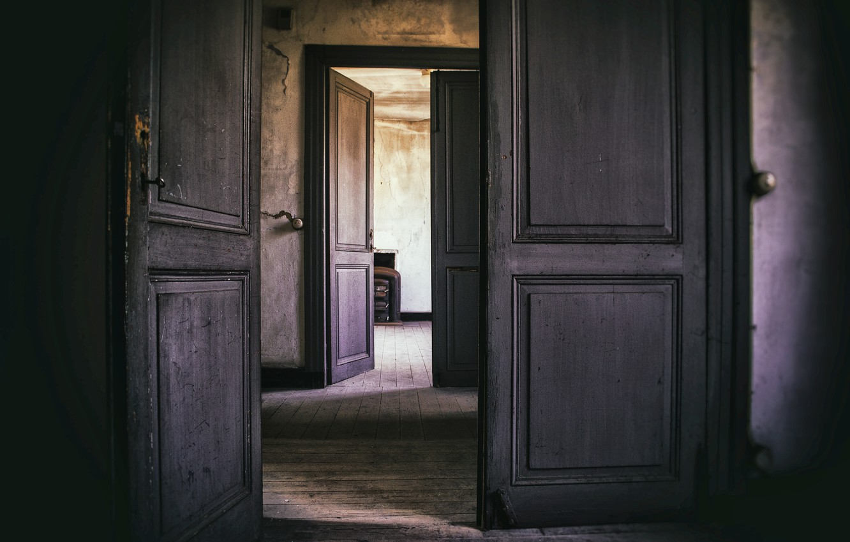 картинки открытой двери квартиры москве она долго