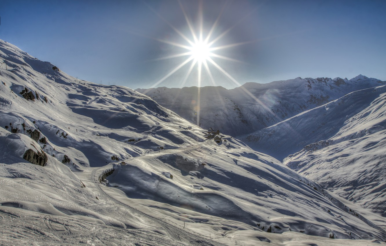 горы снег солнце фото адаев