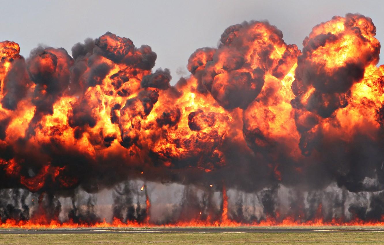 Фото обои фон, огонь, дым, взрывы, пыль