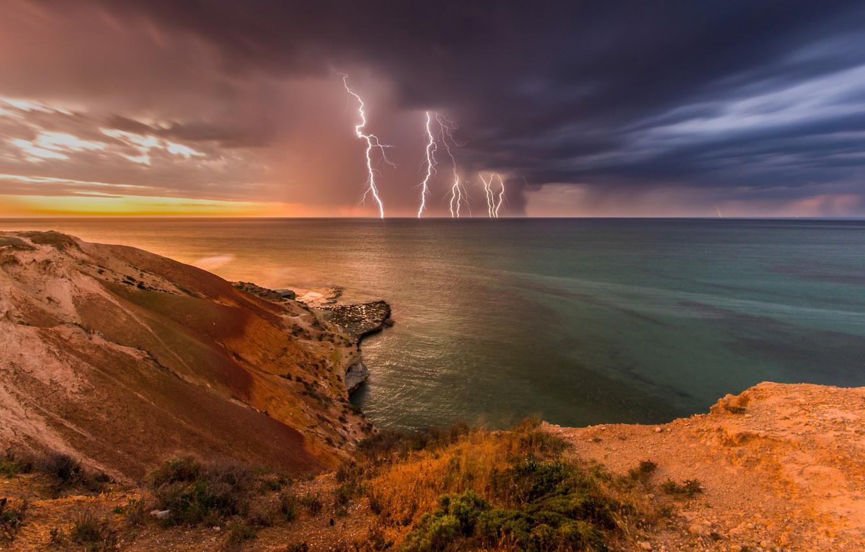 Фото обои гроза, волны, скалы, берег, молния, Австралия, light, storm, beach, ocean, landscape, nature, lightning, pentax, sunset, …