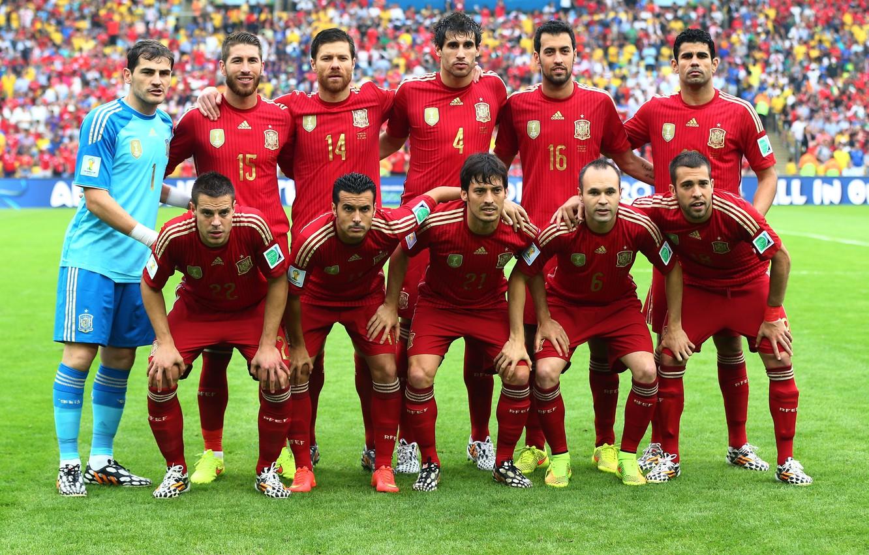 форма испанские футболисты фото говорит