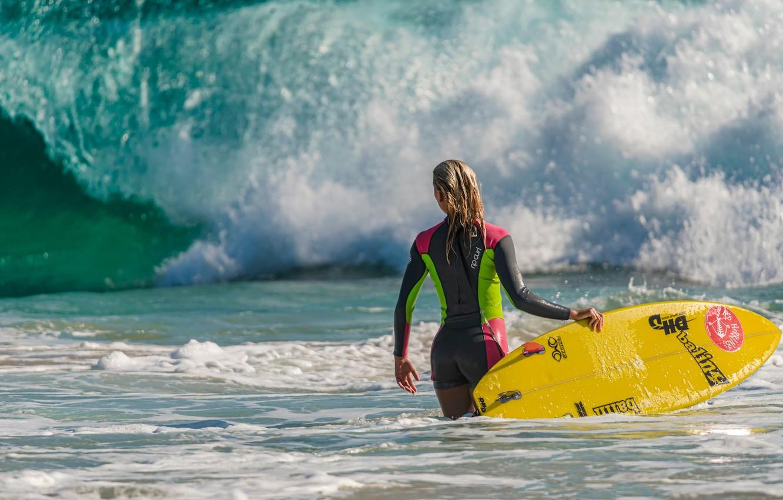 Фото обои девушка, волна, доска, Surfing