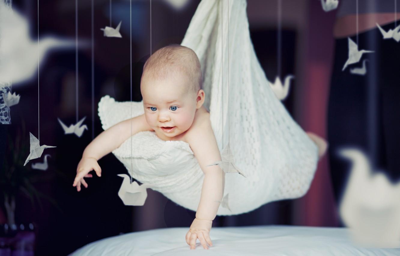 Фото обои счастье, дети, ребенок, подушки, малыш, милый, happy, beautiful, child, cute, children, kid, happiness, счастливый, ребенка, …