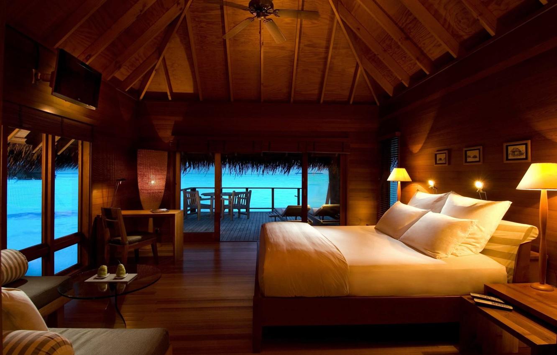 Фото обои море, отдых, кровать, подушки, бунгало, светильники