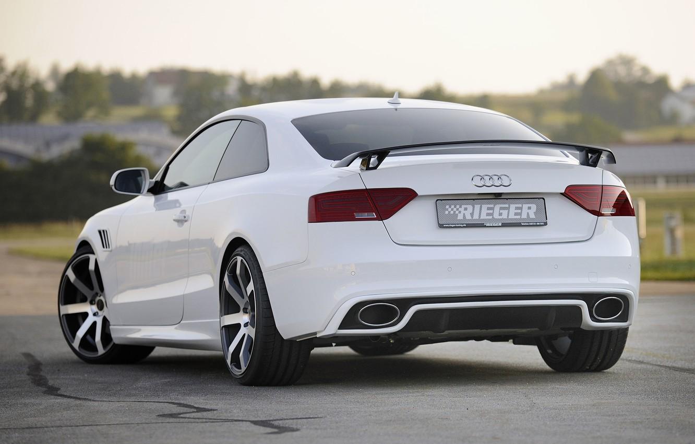 Фото обои белый, фон, Audi, тюнинг, купе, Ауди, диски, вид сзади, Coupe, tuning, S-Line, Rieger